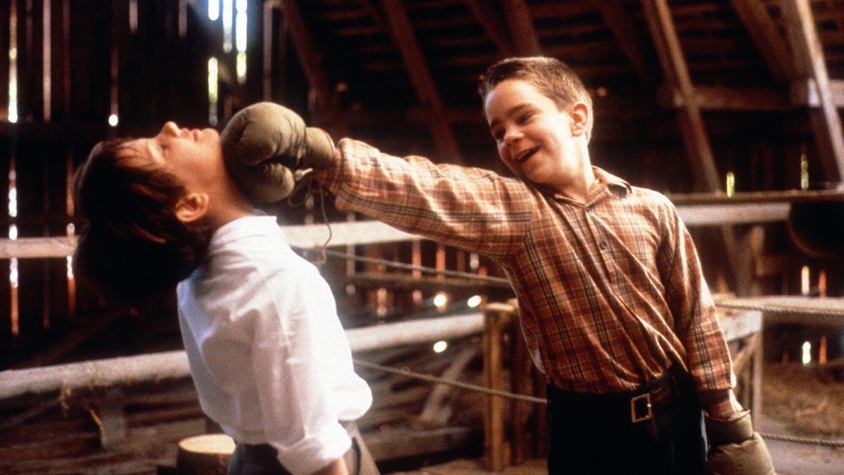 """『マイライフ・アズ・ア・ドッグ』永遠に""""再発見""""され続けて欲しい、北欧スウェーデンが生んだ思春期映画の史上屈指の名作"""