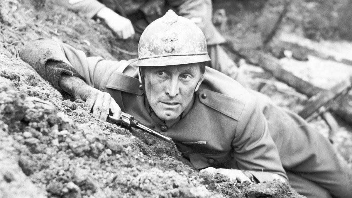 『突撃』スタンリー・キューブリックのエモーション溢れる反戦映画