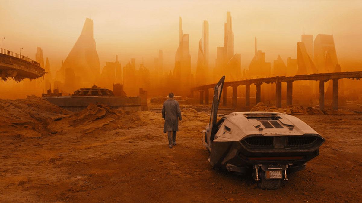 『ブレードランナー 2049』天才撮影監督ロジャー・ディーキンスが作り上げた、圧倒的ビジュアルの秘密とは!?