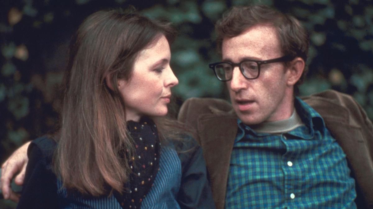 ウディ・アレンの主な出演映画を年代順にセレクト!厳選22作品とともに彼の軌跡を振り返ろう。